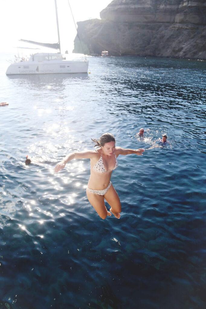 Best swimming Santorini