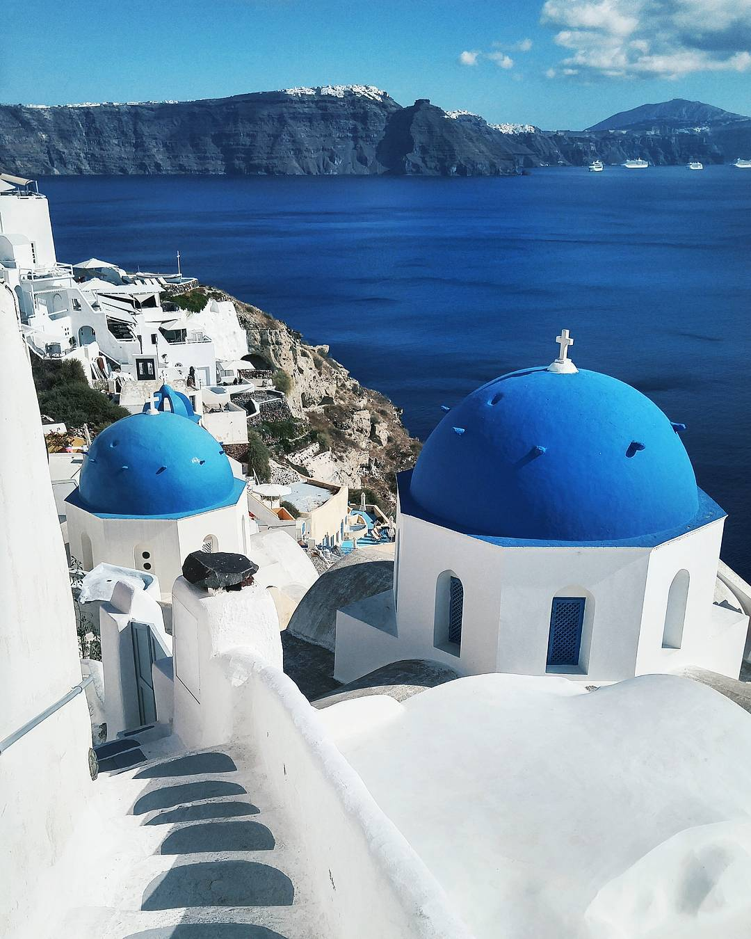 Sightseeing guide to Oia, Santorini, Greece