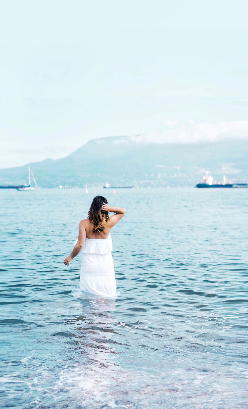 Summer dress style in Michael kors white dress by To Vogue or Bust