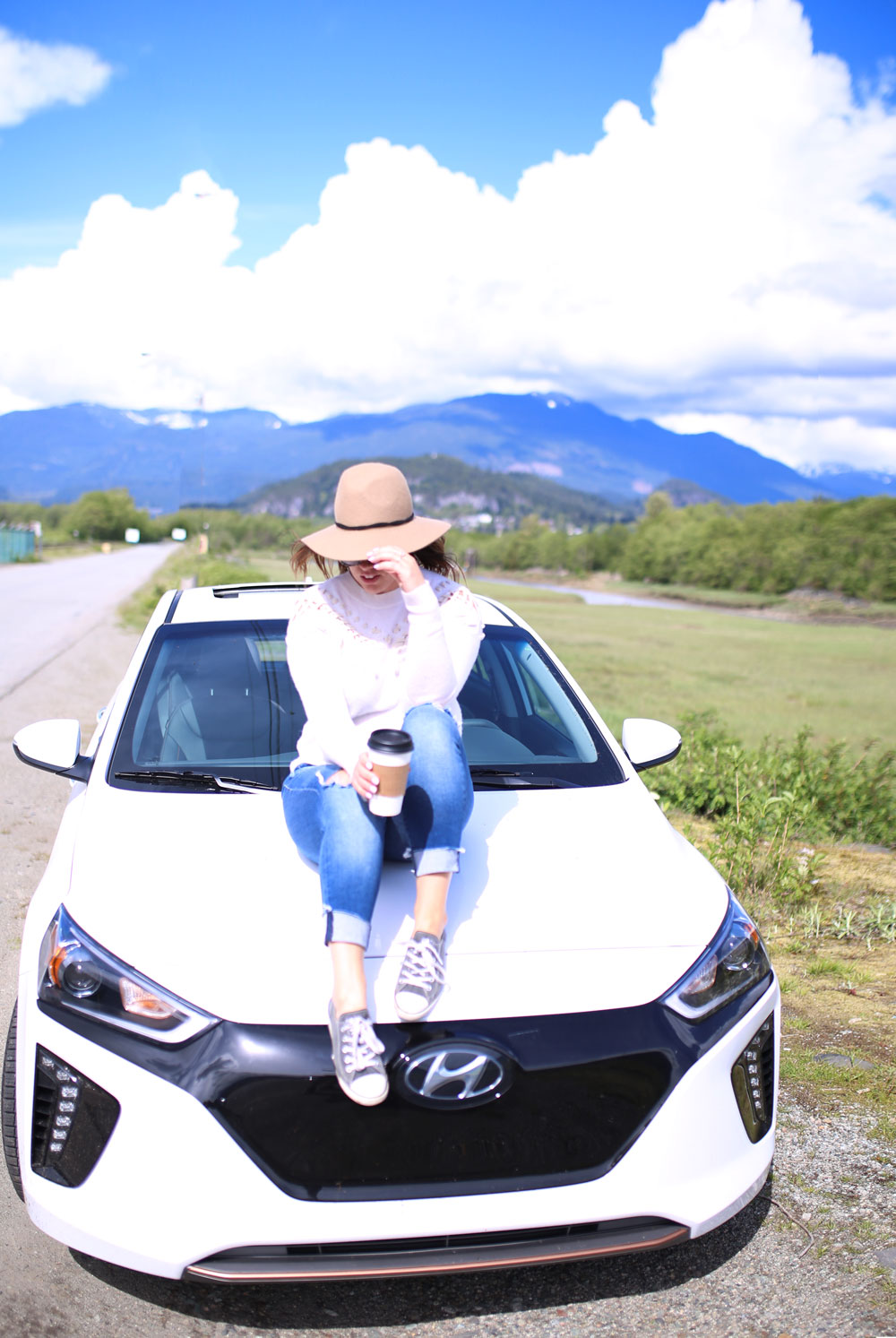 Hyundai ioniq review by To Vogue or Bust