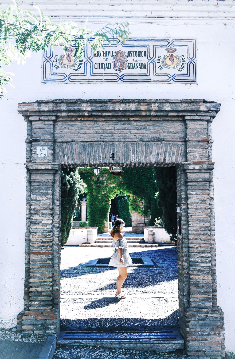 What do see and do in granada by To Vogue or Bust
