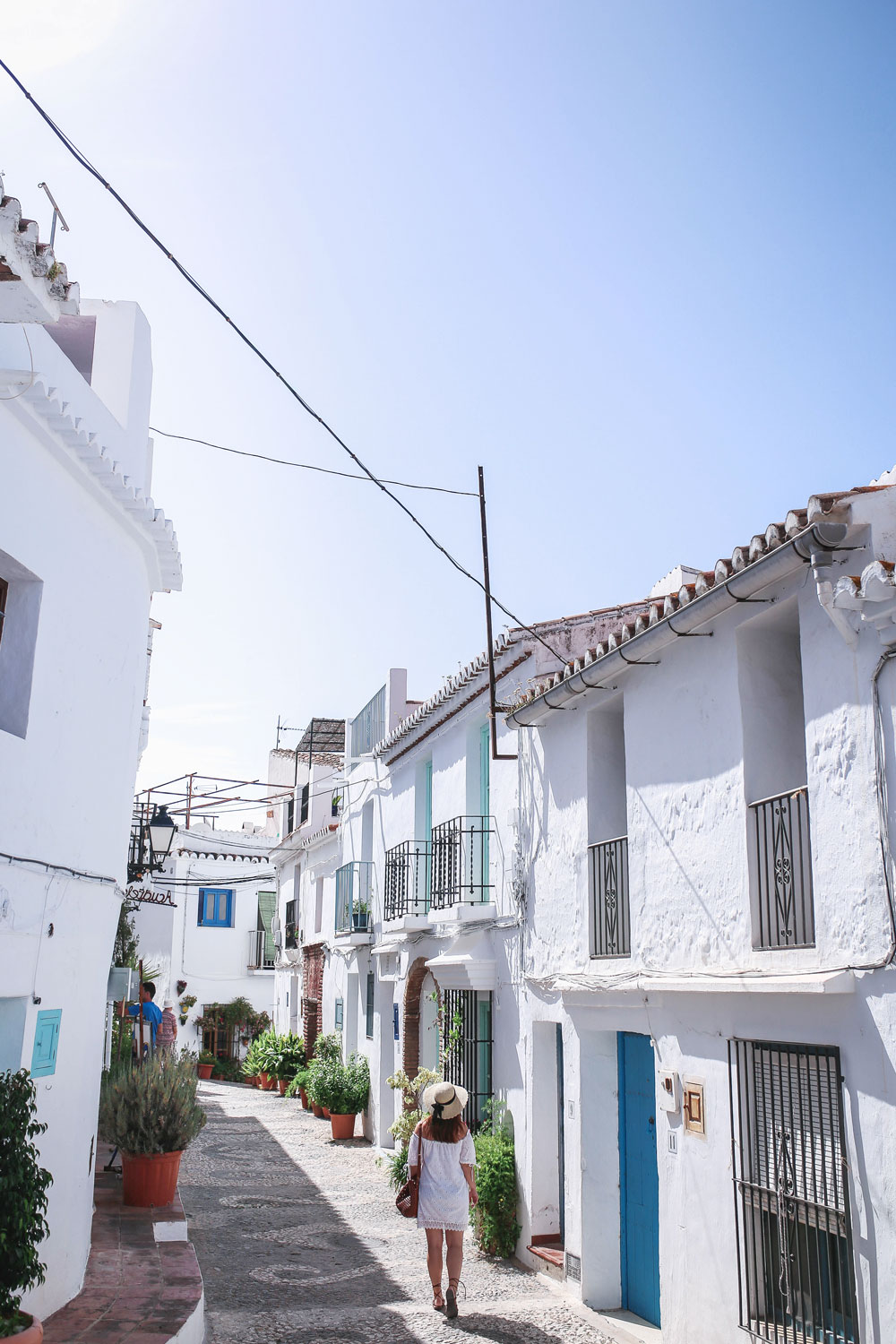 Spain travel guide by To Vogue or Bust