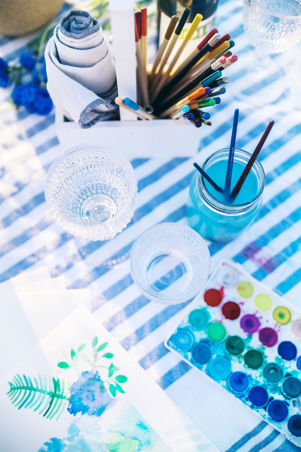 How to plan a watercolor party for summer by To Vogue or Bust