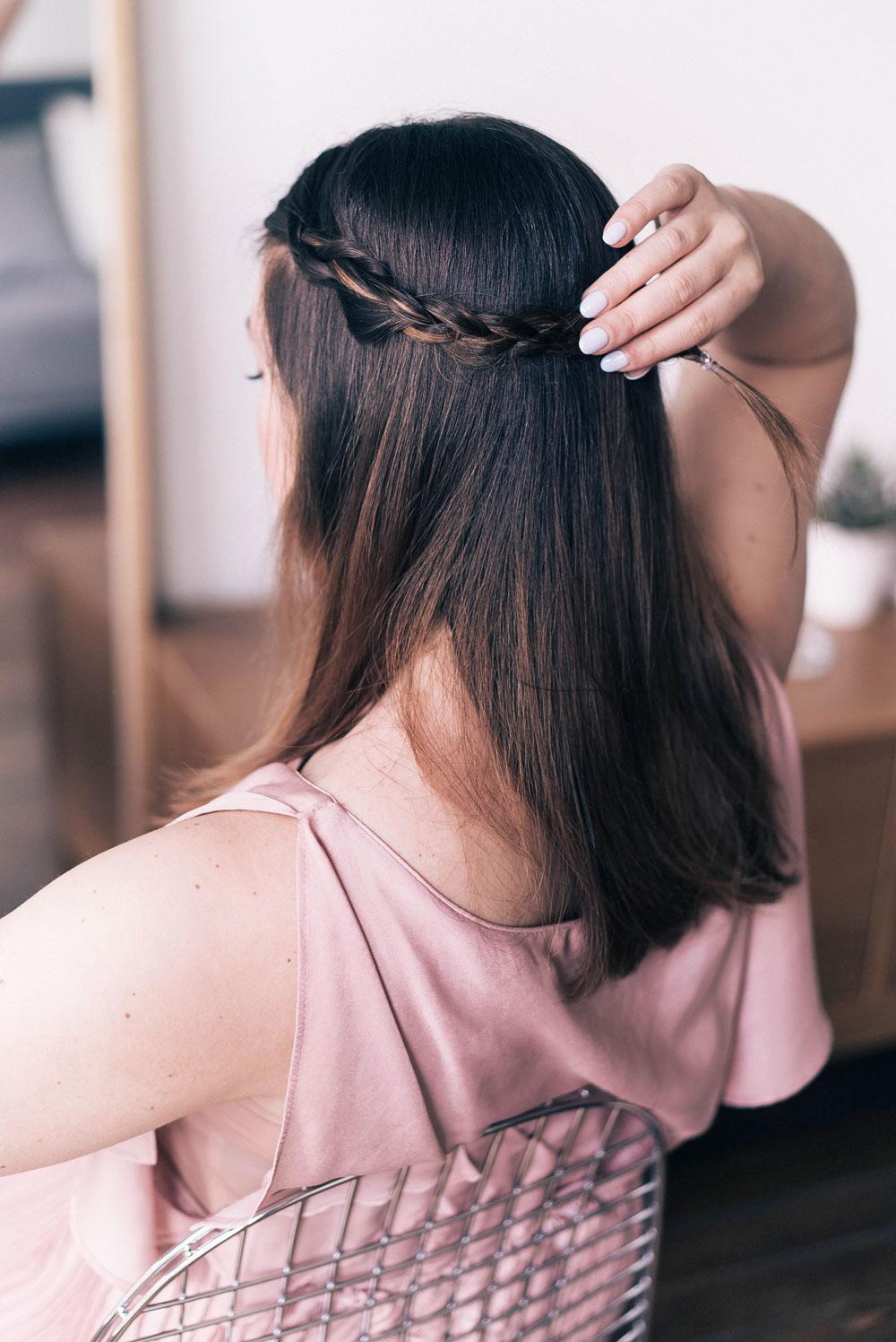 Heat tool free wedding day hairstyles for summer weddings