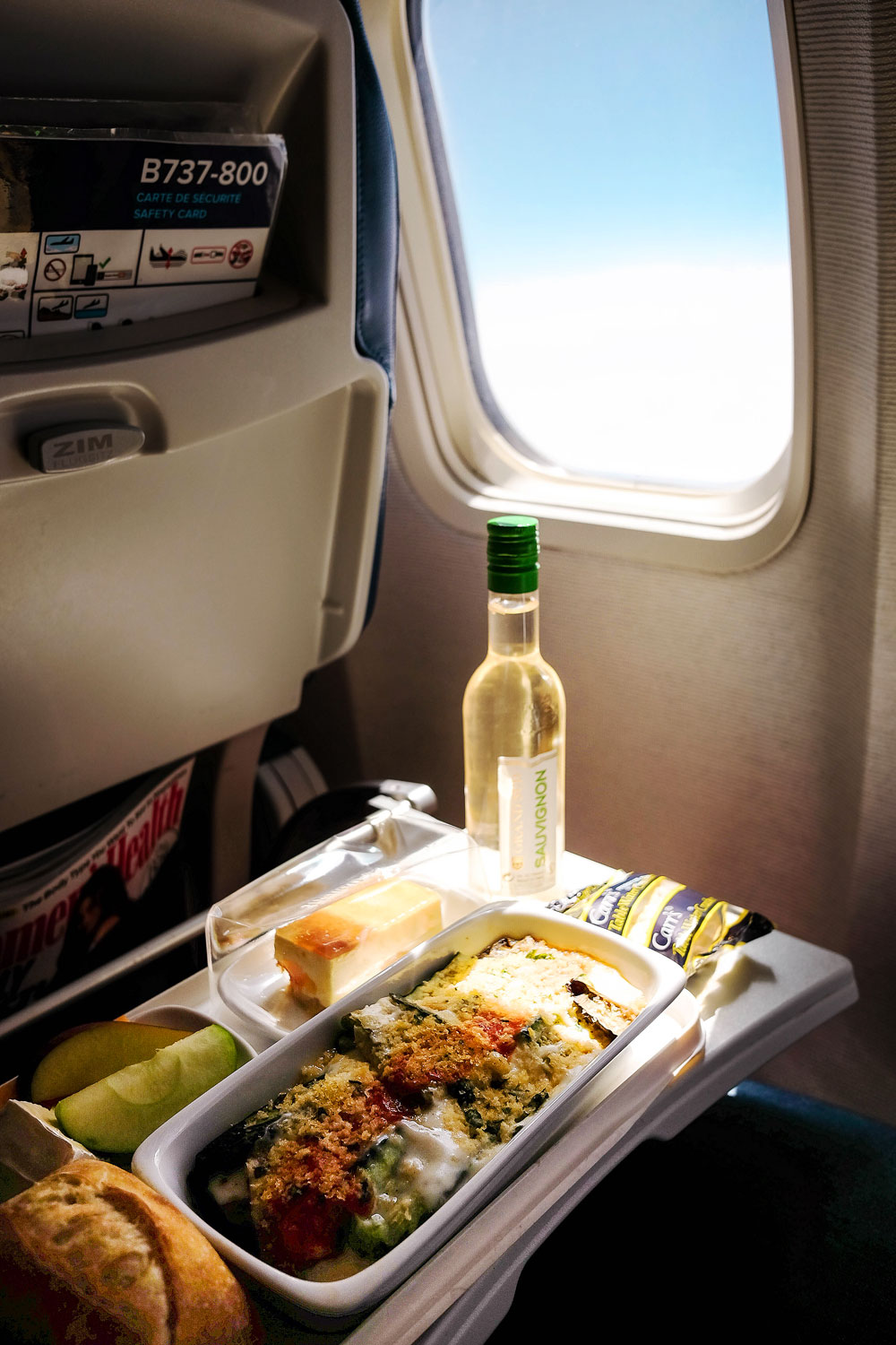 Air transat review by To Vogue or Bust