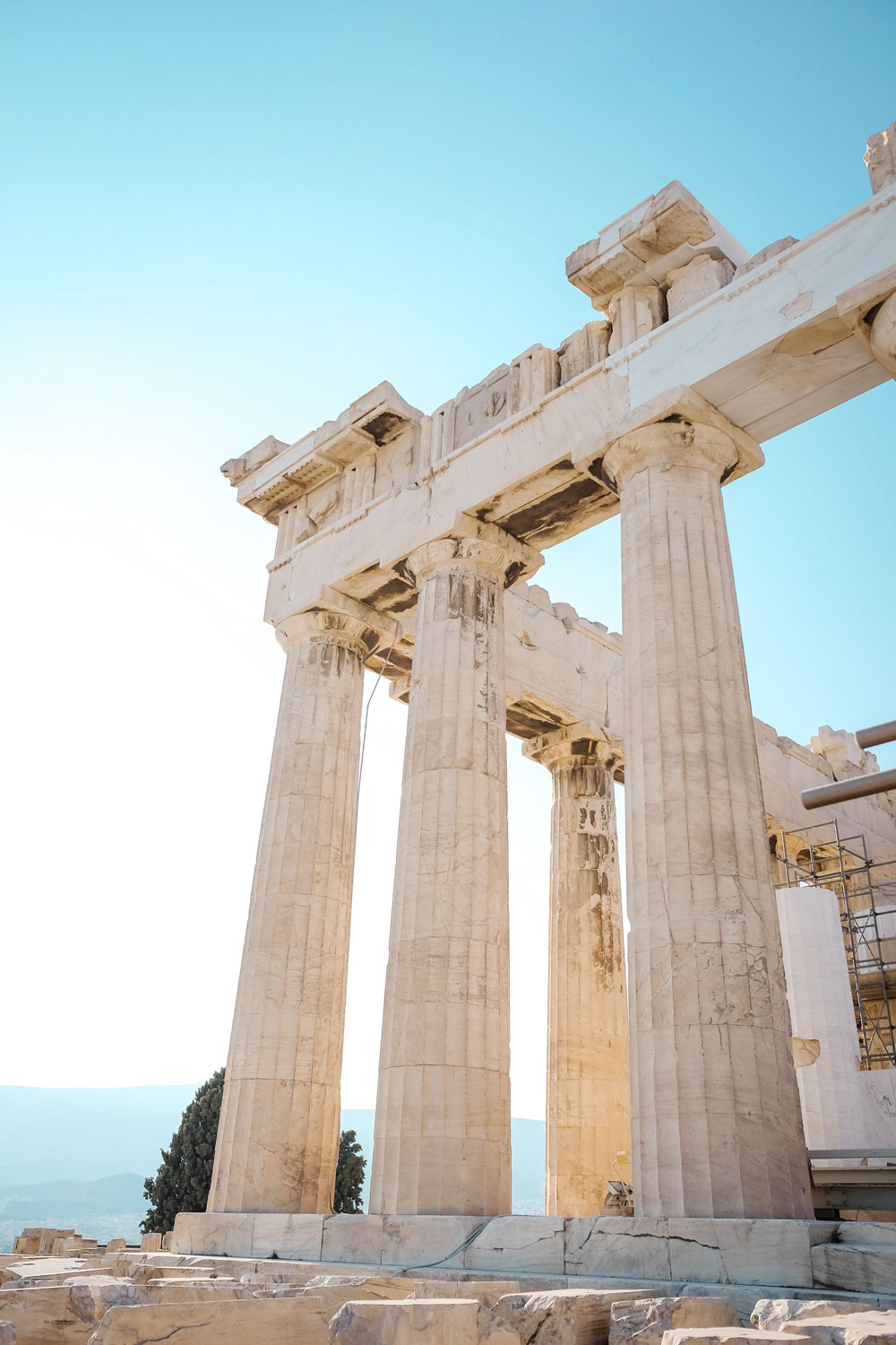 When to visit the acropolis by To Vogue or Bust