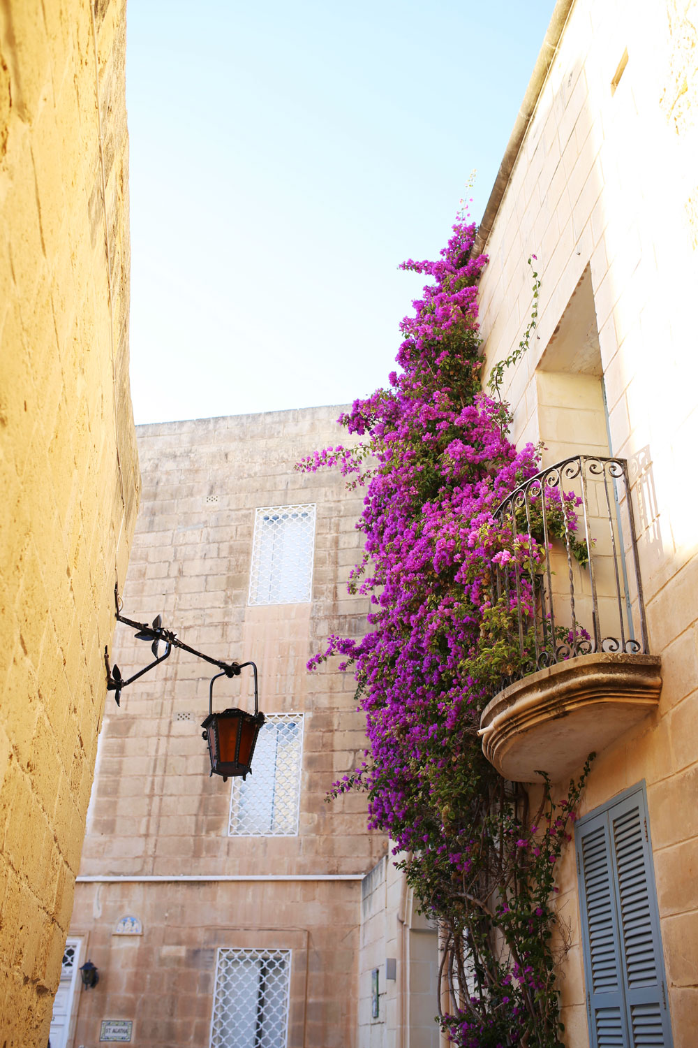 what to do in malta by To Vogue or Bust