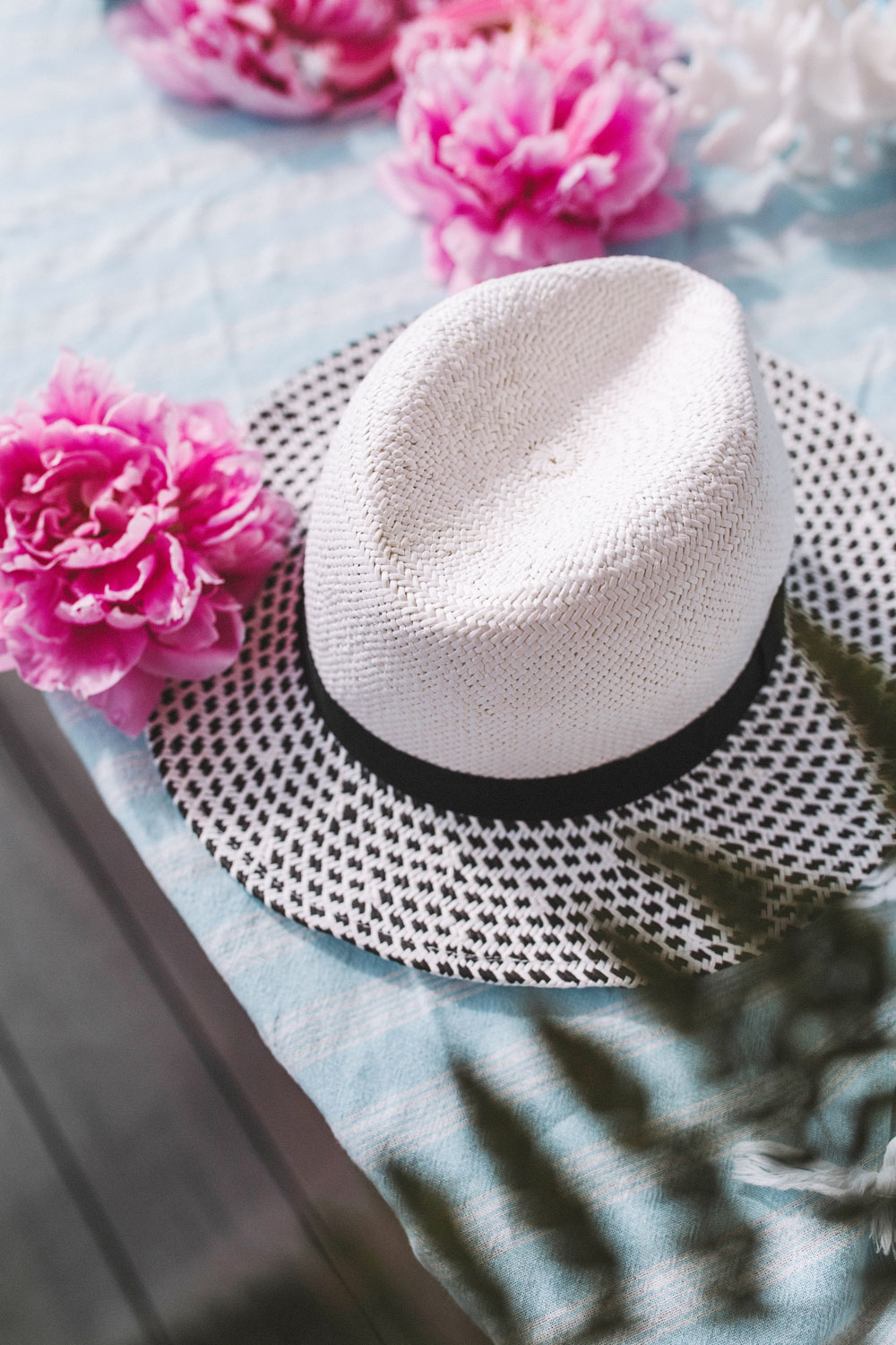 best sun hats by To Vogue or Bust
