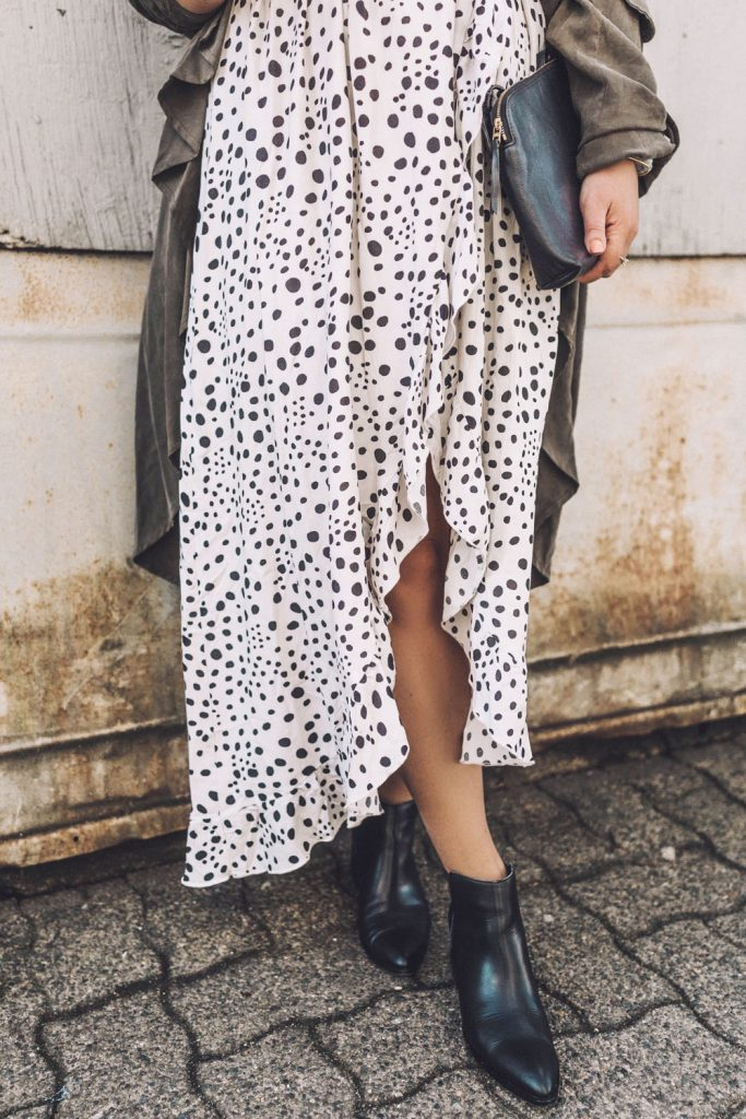 Spring dress outfit idea in this Lost in Lunar Allira maxi dress, Chinese Laundry ankle boots, and REVOLVE trench styled by To Vogue or Bust.