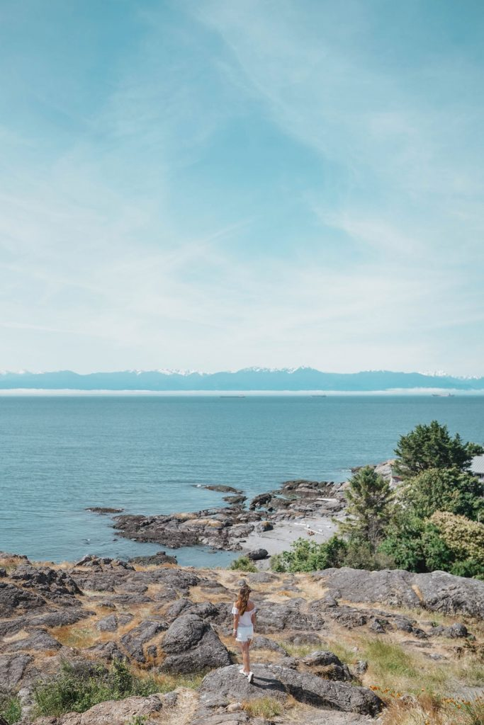 Victoria, Canada Travel Guide by To Vogue Or Bust: How to Get There, What to See and Do, and Where to Eat.