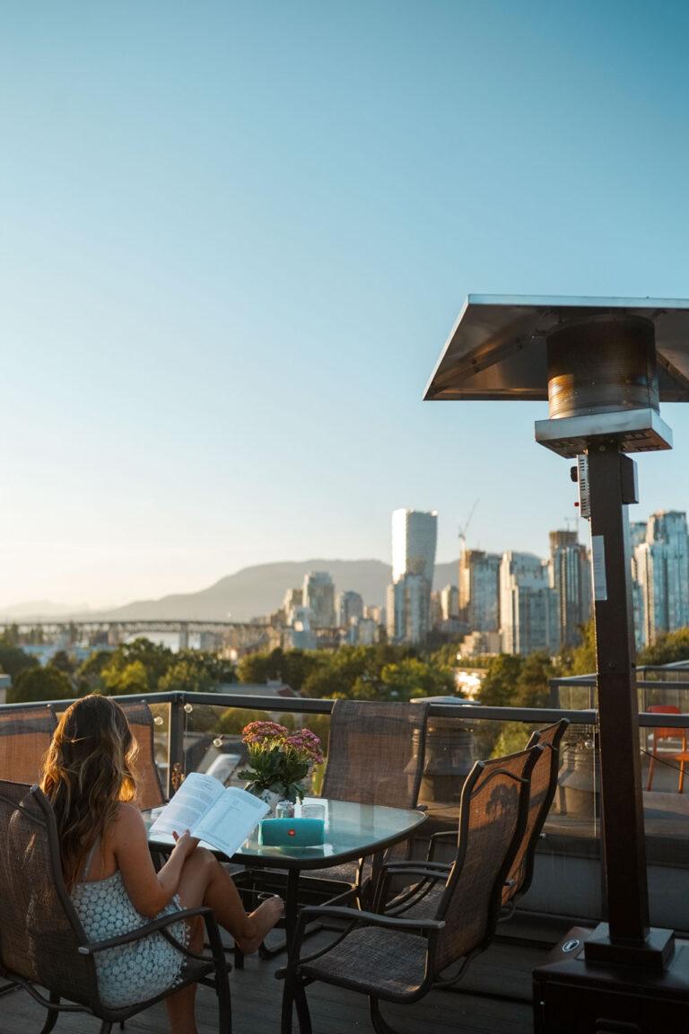 Rooftop patio decor