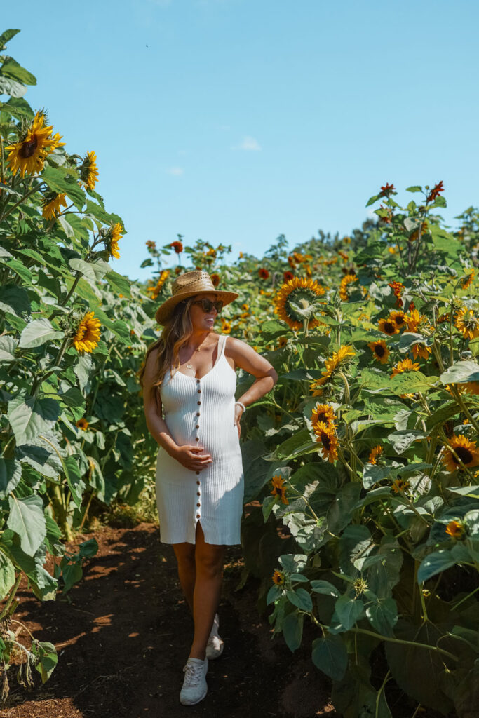 Summer maternity style