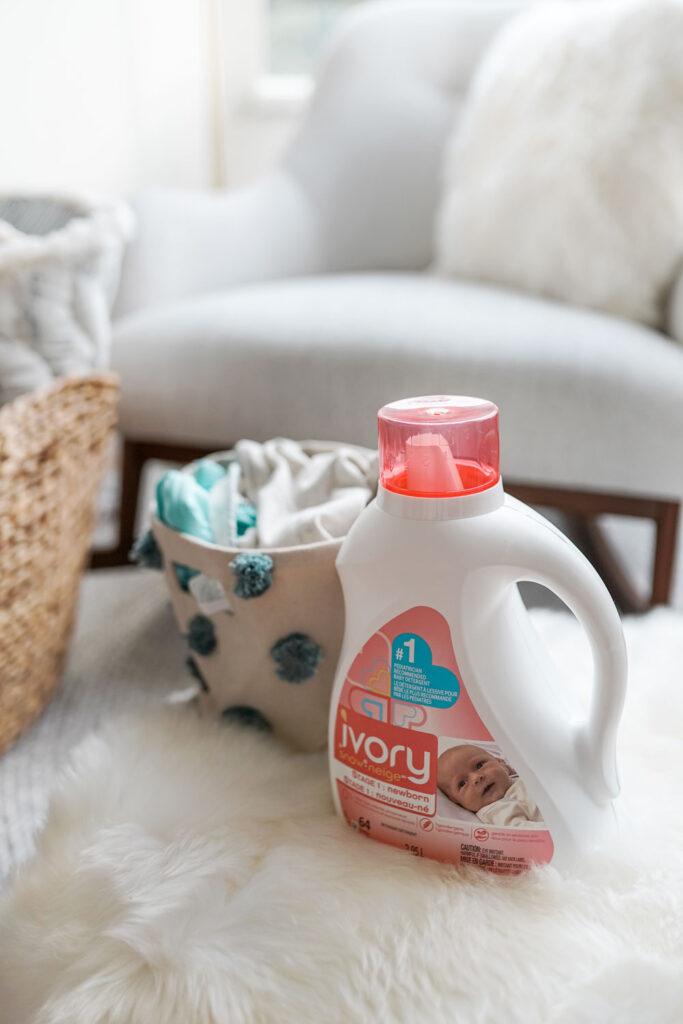 Ivory Snow Detergent